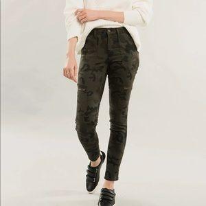 KanCan Gemma High Rise Camo Super Skinny Jeans
